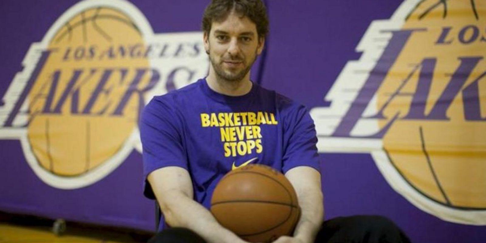 El jugador de Los Ángeles Lakers, el español Pau Gasol, tras el entrenamiento en El Segundo, California (EEUU). EFE