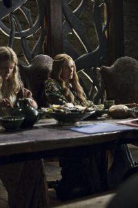 Lena Headey es Cersei Lannister, hija de Twyinn Lannister, y hermana de Jaime y Tyrion. Tiene una relación incestuosa con Jaime,de la cual nacieron los tres hijos que hizo creer a todo el mundo que eran del rey Robert. Ned Stark se da cuenta de esto y le exige huir, pero siendo su hijo Joffrey ya Rey, lo manda a ejecutar. Foto:HBO Latinoamérica