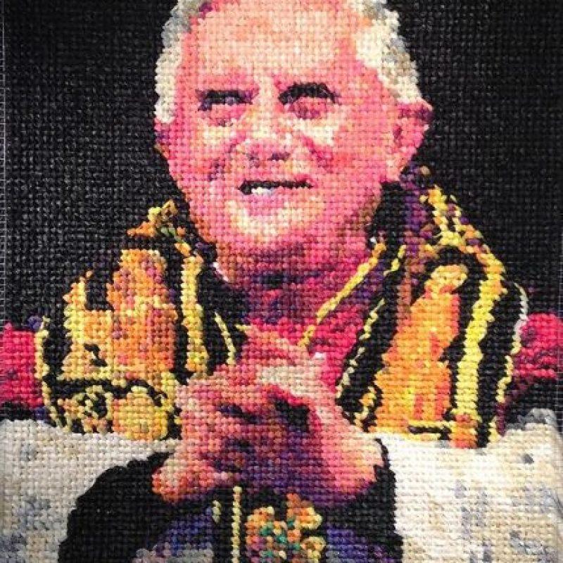 Este es el retrato del expapa Benedicto XVI hecho con condones Foto:Niki Johnson/ The Sun