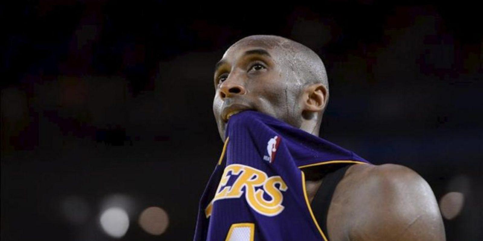 El jugador de Los Angeles Lakers Kobe Bryant durante su partido de la NBA disputado contra los Golden State Warriors en el Oracle Arena de Oakland, California, EE.UU.. EFE