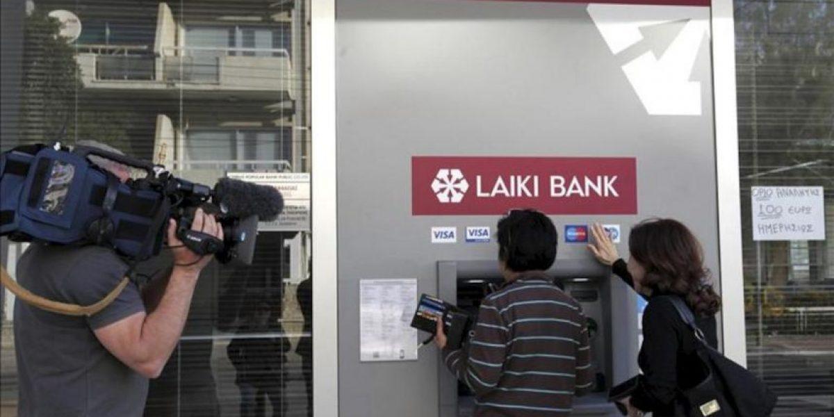 Los bancos de Chipre abrirán al público el jueves