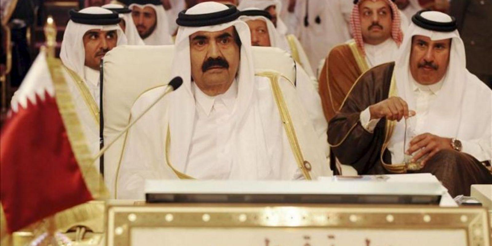 El emir de Catar, Hamid bin Jalifa al Zani, asiste hoy a la inauguración de la cumbre de la Liga Árabe en Doha. EFE