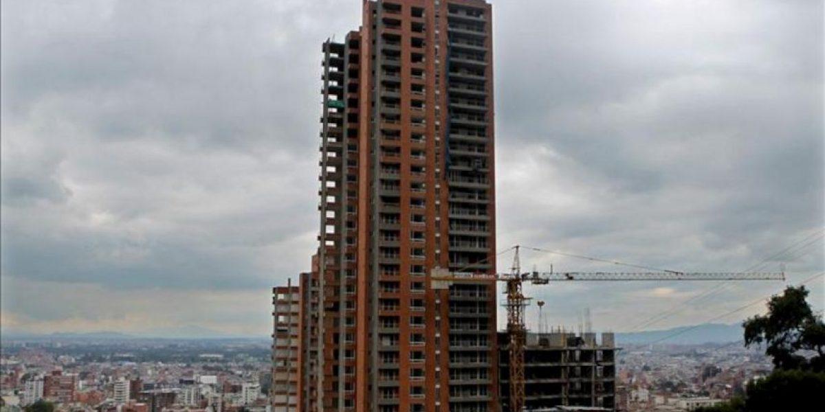 Fuerte subida del precio de la vivienda en Colombia hace temer una burbuja inmobiliaria