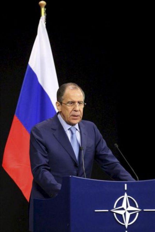 El ministro de Exteriores ruso, Serguéi Lavrov, da una rueda de prensa tras la reunión de ministros de Exteriores de la OTAN en Bruselas, Bélgica hoy, miércoles 23 de abril de 2013. EFE