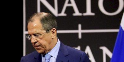 El ministro de Exteriores ruso, Serguéi Lavrov, termina de dar una rueda de prensa tras la reunión de ministros de Exteriores de la OTAN en Bruselas, Bélgica hoy, miércoles 23 de abril de 2013. EFE