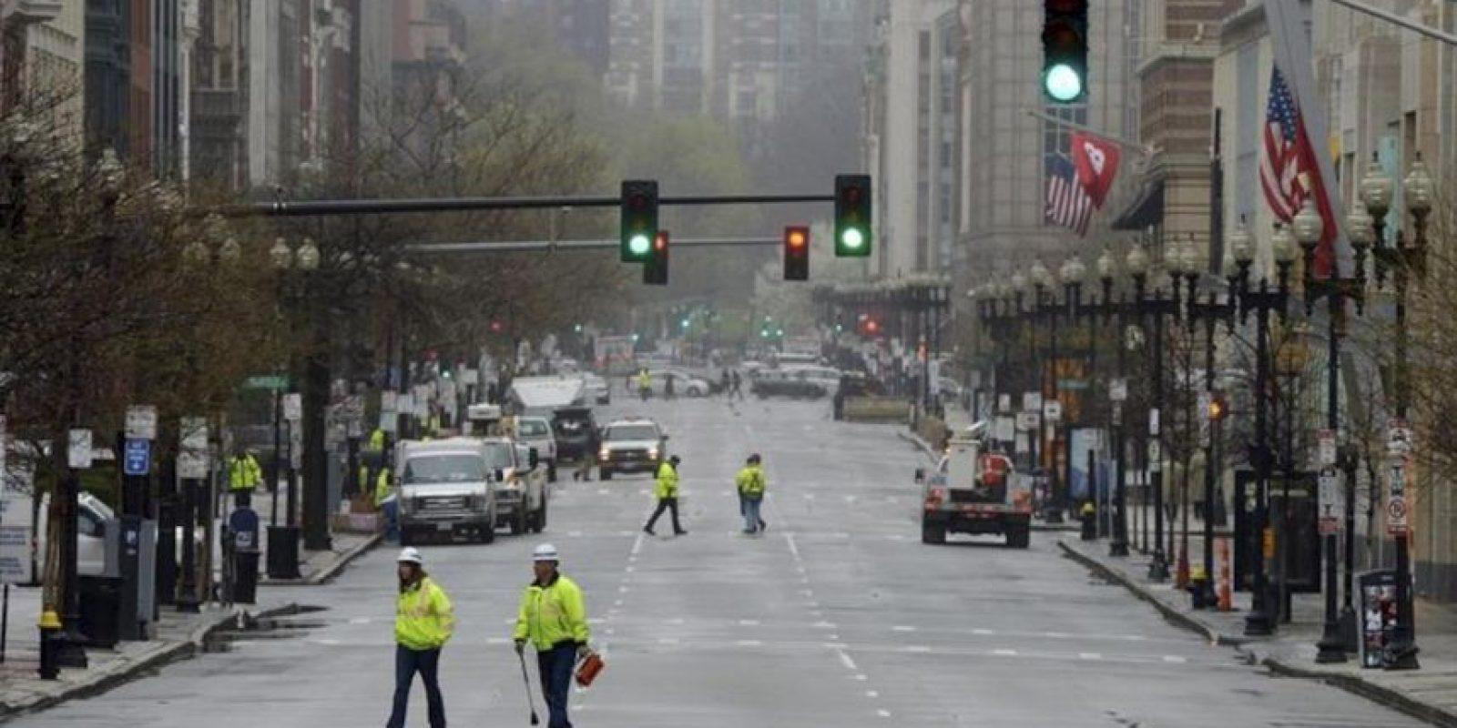 Fotografía que muestra la avenida Boylston, lugar donde se produjeron los atentados en Boston, Massachusetts, Estados Unidos. EFE