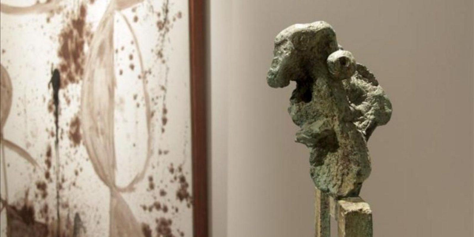 """Una de las obras que forman parte de la exposición """"Joan Miró: Iconografía"""", inaugurada hoy en el Museo de Arte Moderno de Moscú, en el marco del festival internacional de las artes """"Bosque de los Cerezos"""". EFE"""