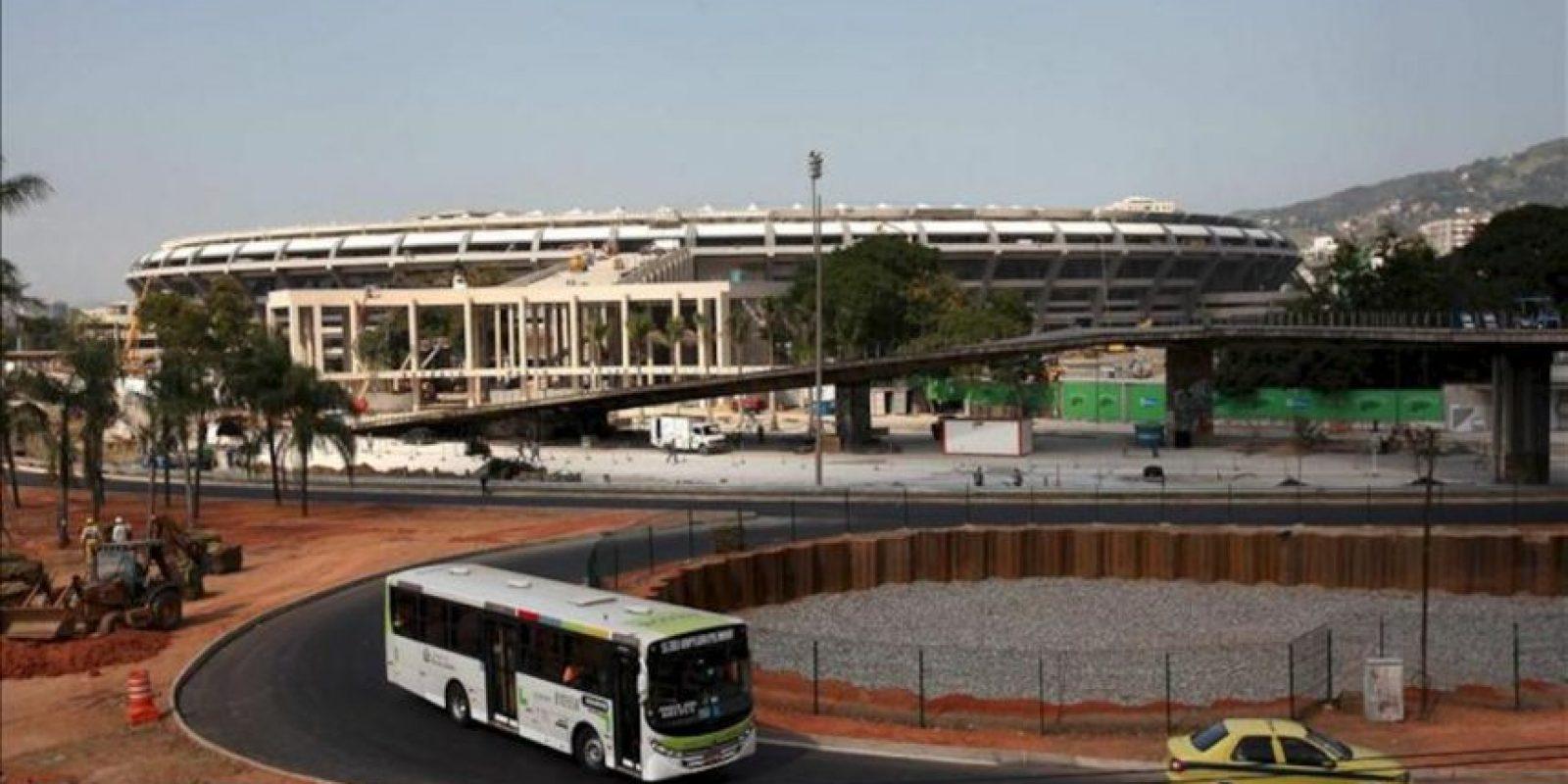 Vista del estadio Maracaná de Río de Janeiro, la joya del Mundial de 2014, que se reinaugurará este sábado, tras una reforma integral, con la presencia de la jefa de Estado, Dilma Rousseff, y unos 27.500 invitados. EFE