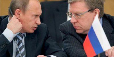 El presidente ruso, Vladimir Putin, y el exministro de Finanzas de Rusia, Alexey Kudrin. EFE/Archivo