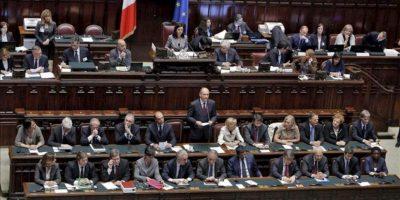 El nuevo primer ministro italiano, Enrico Letta, da un discurso durante el voto de confianza al nuevo gobierno italiano en Roma, Italia hoy, lunes 29 de abril de 2013. EFE
