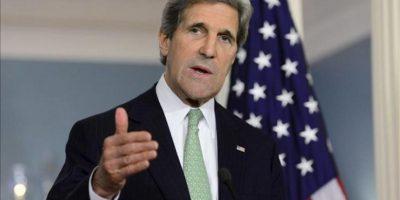 El secretario de Estado estadounidense, John Kerry, comparece en una rueda de prensa en el Departamento de Estado en Washington DC, Estados Unidos, después de la reunión que mantuvo con el ministro español de Asuntos Exteriores, José Manuel García-Margallo (no visible en la foto), hoy, martes 30 de abril de 2013. EFE