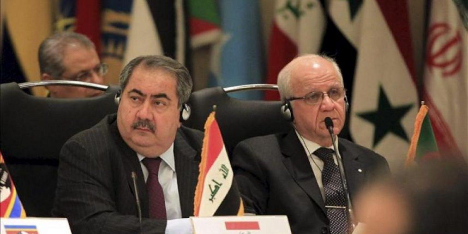 El ministro iraquí de Exteriores, Hoshyar Zebari (izda), asiste a la ceremonia de inauguración de la Conferencia Internacional sobre la Situación Siria en Teherán (Irán). EFE