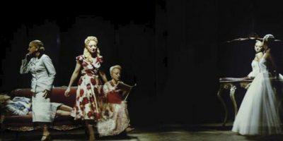 """Fotografía facilitada por el Pabellón de Argentina de """"Rapsodia inconclusa"""", la instalación de arte contemporánea firmada por Nicola Costantino para el Pabellón, que recoge las facetas de Eva Perón, desde las más públicas a las más íntimas, y que se puede ver en la 55 edición de Bienal de Venecia. EFE"""