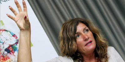 La escrita sueca de novela negra Mari Jungstedt durante la rueda de prensa que ofreció hoy en Las Palmas de Gran Canaria, con motivo de su participación en la Feria del Libro. EFE