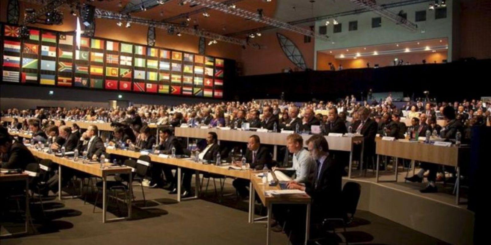 Vista general de los asistentes al 63º Congreso de la FIFA en Port Louis (Mauricio) hoy. EFE