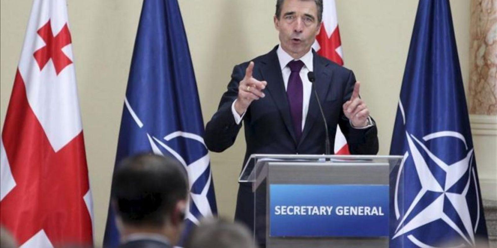 El secretario general de la OTAN, Fogh Rasmussen, ofrece un discurso ante estudiantes georgianos en la Biblioteca Nacional en Tbilisi (Georgia) hoy, jueves 27 de junio de 2013. EFE