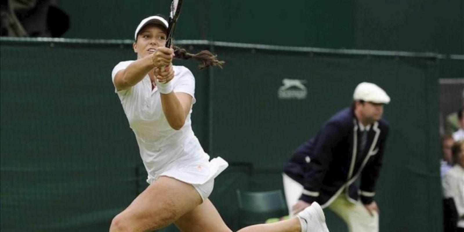 La tenista británica Laura Robson durante un partido de segunda ronda del torneo de tenis de Wimbledon. EFE