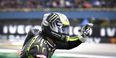 El piloto británico de MotoGP Carl Crutchlow (Yamaha YZR M 1), durante la sesión de entrenamientos clasificatorios realizada en el circuito de Assen. EFE