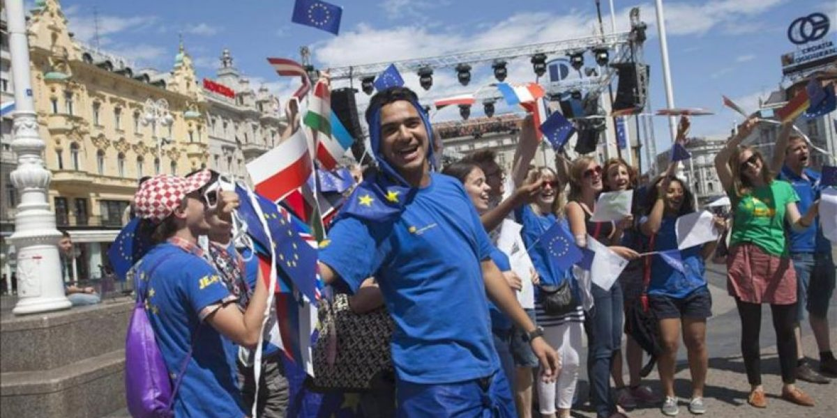 Croacia cumple su sueño europeo diez años después, con la economía maltrecha