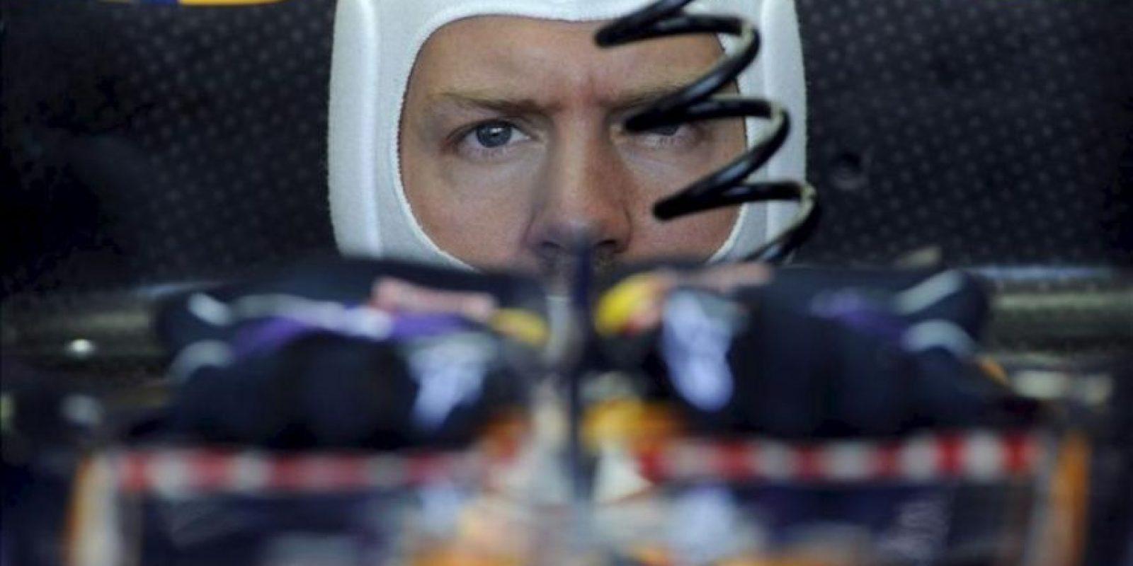 El piloto alemán de la escudería Red Bull Sebastian Vettel asiste a la primera sesión de entrenamiento libre para el Gran Premio de Hungría. EFE