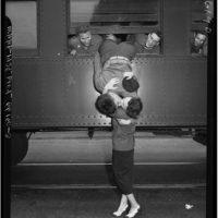 El amor en tiempos de guerra. Foto:everyday-i-show.livejournal.com