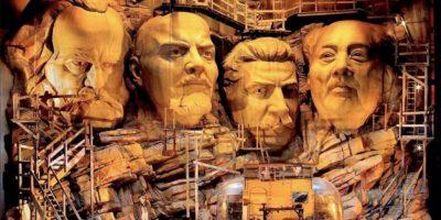 """Fotografía facilitada por por la organización del Festival de Ópera Richard Wagner de Bayreuth que estrena hoy el """"Sigfrido"""" de Frank Castorf, la tercera pieza del """"Anillo del Nibelungo"""". EFE"""