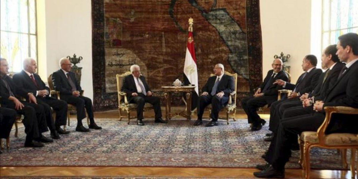 Abás trata con el nuevo presidente egipcio la reconciliación palestina