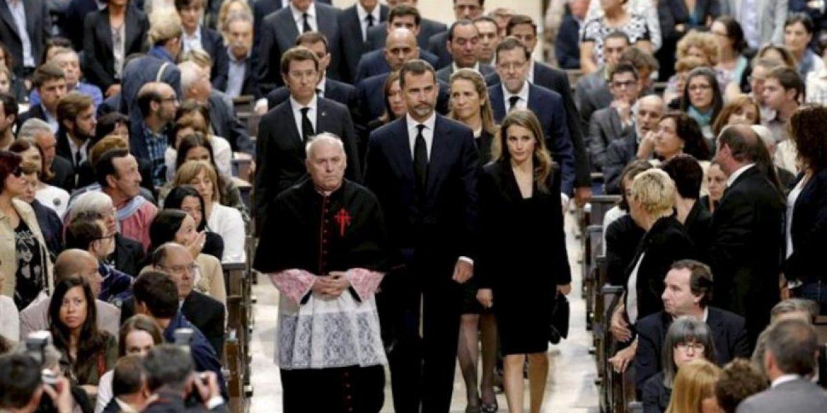 Emotivo funeral recuerda a víctimas y a héroes del accidente de tren en España