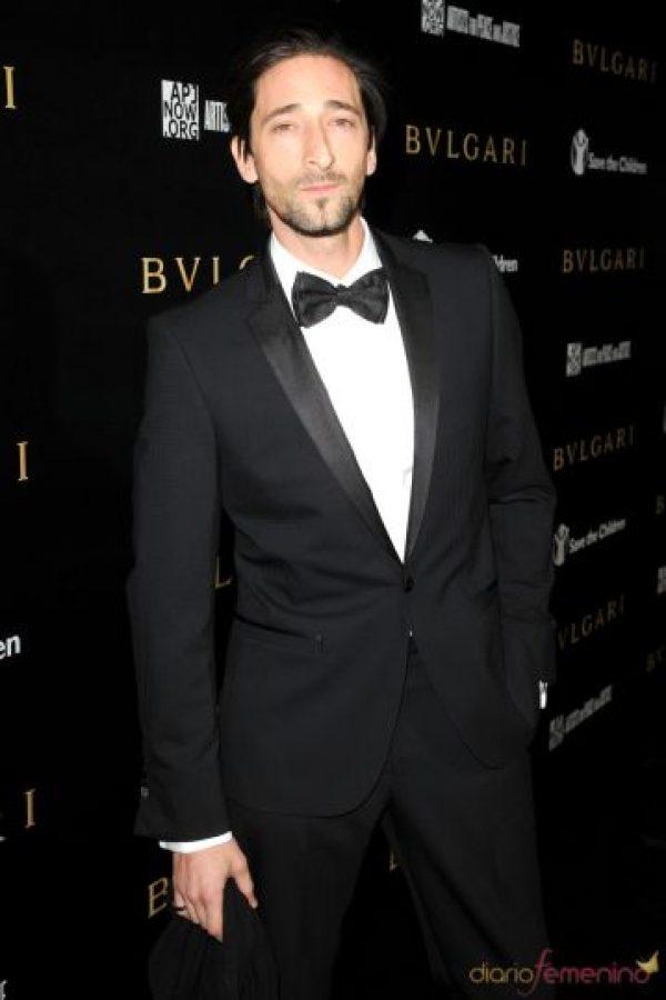Adrien Brody, destaca por su anguloso rostro y su nariz. Fue novio de Elsa Pataky, entre otras. Foto:GettyImages