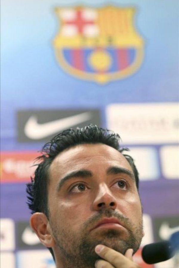 El segundo capitán del FC Barcelona, Xavi Hernández, durante la rueda de prensa que ha ofrecido hoy tras el entrenamiento del equipo a puerta cerrada en la Ciudad Deportiva Joan Gamper. EFE