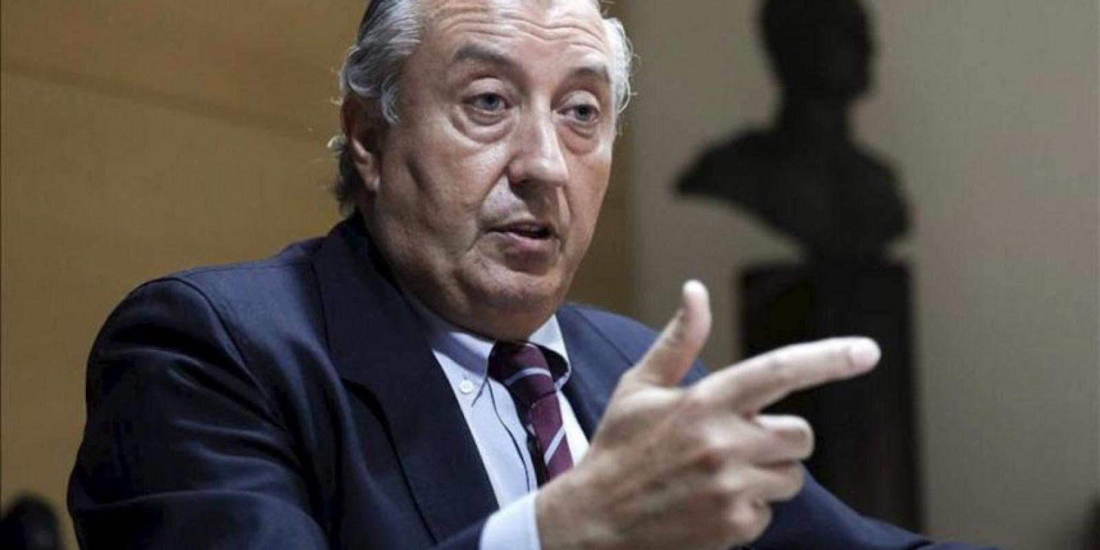 El presidente de Renfe, Julio Gómez-Pomar, durante la entrevista hoy con la Agencia Efe, una semana después del accidente que se produjo el pasado miércoles cerca de Santiago de Compostela en el que fallecieron 79 personas. EFE