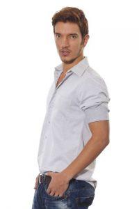 Alejandro Betancur es paisa, tiene 23 años y es modelo y profesor de actuación. Nada, baila jazz y cuida mucho su imagen personal. Foto: Cortesía.
