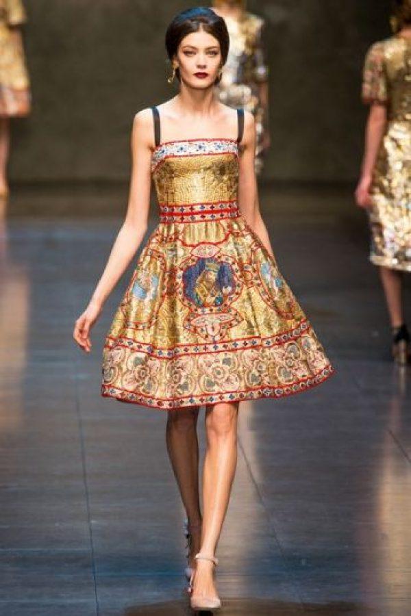 Barroco, menos obvio, más simbólico y elaborado, como en esta propuesta de Dolce y Gabbana. Foto: Pinterest.