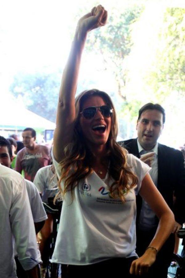 Por séptimo año consecutivo, la top model brasileña Gisele Bündchen ocupa el primer puesto de las modelos que más facturan en el mundo. De junio de 2012 al mismo mes de 2013, Bündchen ganó cerca de 42 millones de dólares.