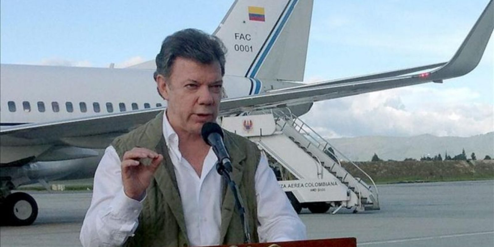 Fotografía cedida por la Presidencia de Colombia del mandatario Juan Manuel Santos el 23 de agosto de 2013, en Bogotá (Colombia). EFE