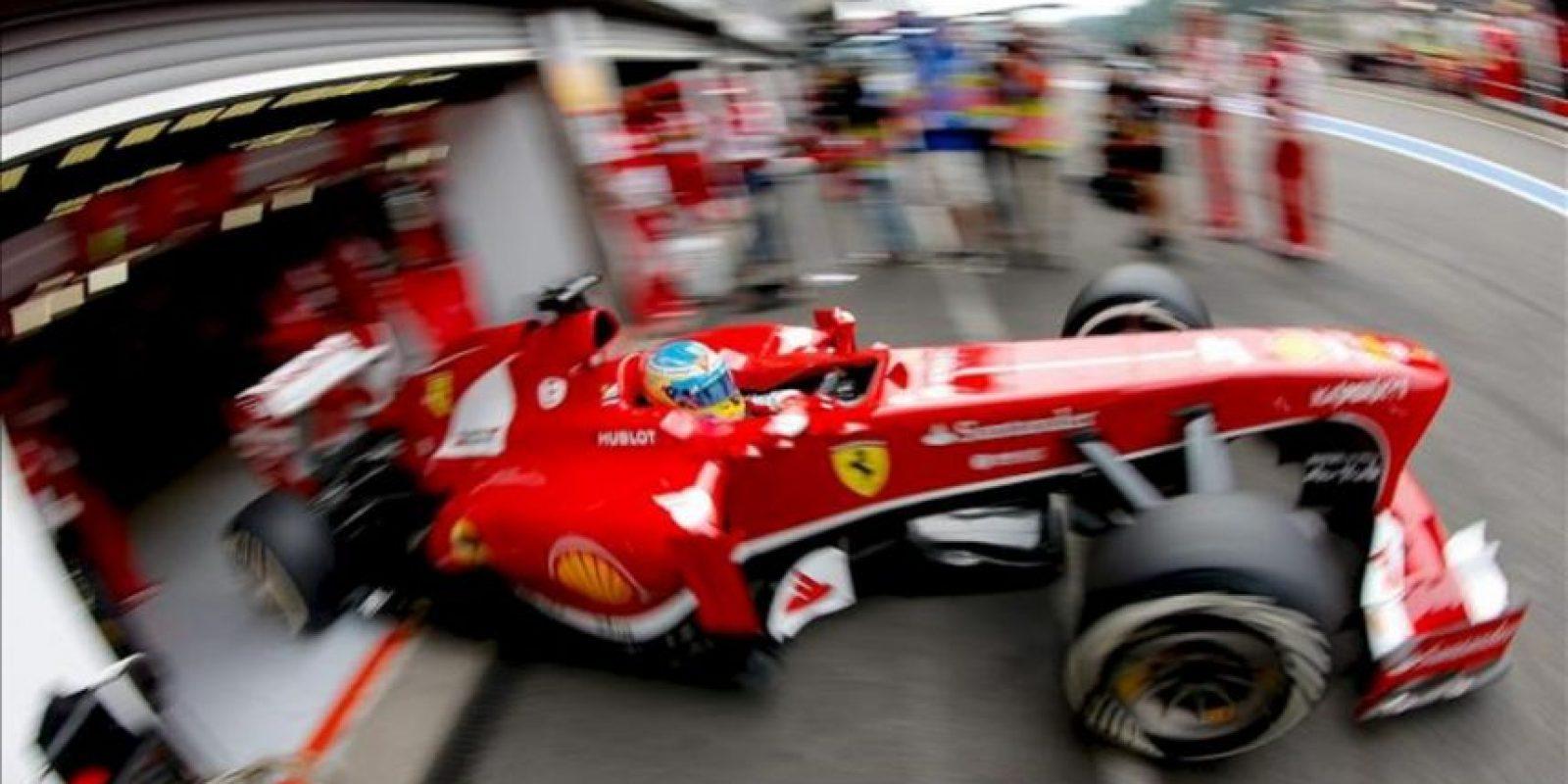 El piloto español de Fórmula Uno Fernando Alonso, hoy en el circuito de Spa-Francorchamps. EFE