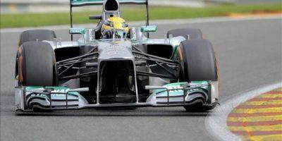 El piloto de Fórmula Uno Lewis Hamilton, hoy durante la tercera y última tanda de entrenamientos libres del Gran Premio de Bélgica de Fórmula Uno en el circuito de Spa-Francorchamps. EFE