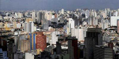 Vista panorámica tomada de la ciudad de Sao Paulo (Brasil). EFE/Archivo