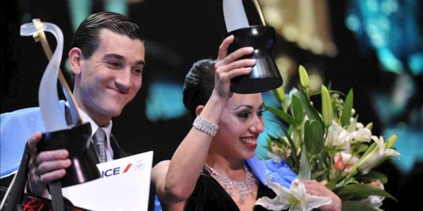 Florencia Zárate Castilla y Guido Palacios celebran el 27 de agosto de 2013, al ganar la undécima edición del Mundial de Tango de Buenos Aires (Argentina). EFE
