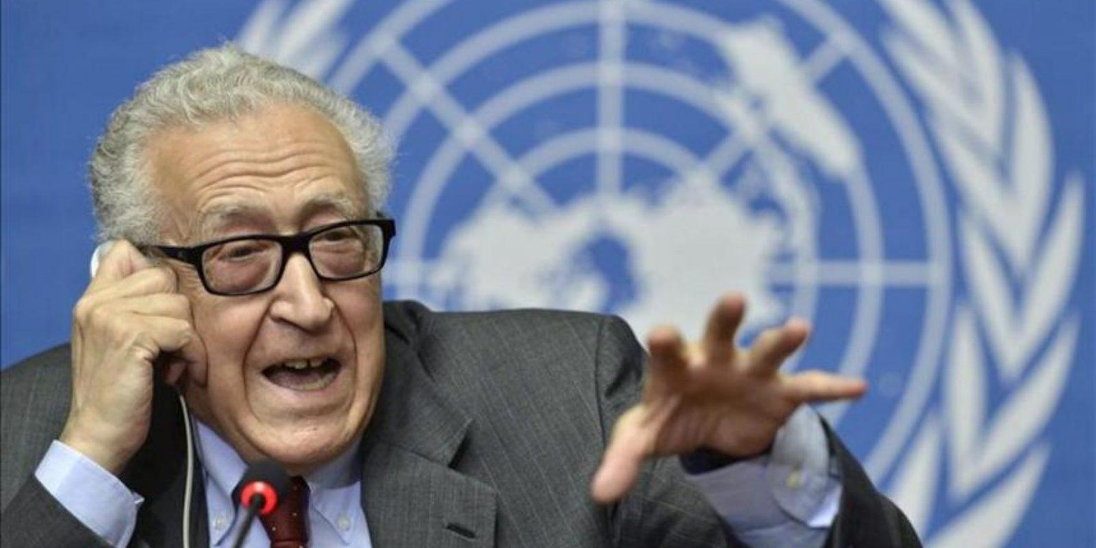 El mediador internacional para Siria, Lajdar Brahimi, ofrece una rueda de prensa en la sede europea de la Organización de las Naciones Unidas (ONU), en Ginebra (Suiza). EFE