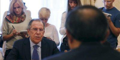 el ministro ruso de Exteriores, Serguéi Lavrov (iz). EFE/Archivo