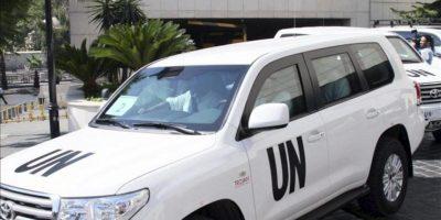El equipo de inspectores de las Naciones Unidas, liderados por el Profesor Ake Sellstrom, a la salida del hotel donde se alojan en Damasco, Siria. EFE