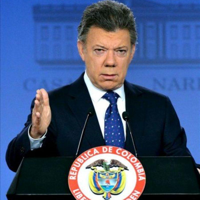 Fotografía cedida por la presidencia de Colombia del mandatario Juan Manuel Santos hoy, viernes 30 de agosto de 2013, en Bogotá (Colombia). EFE