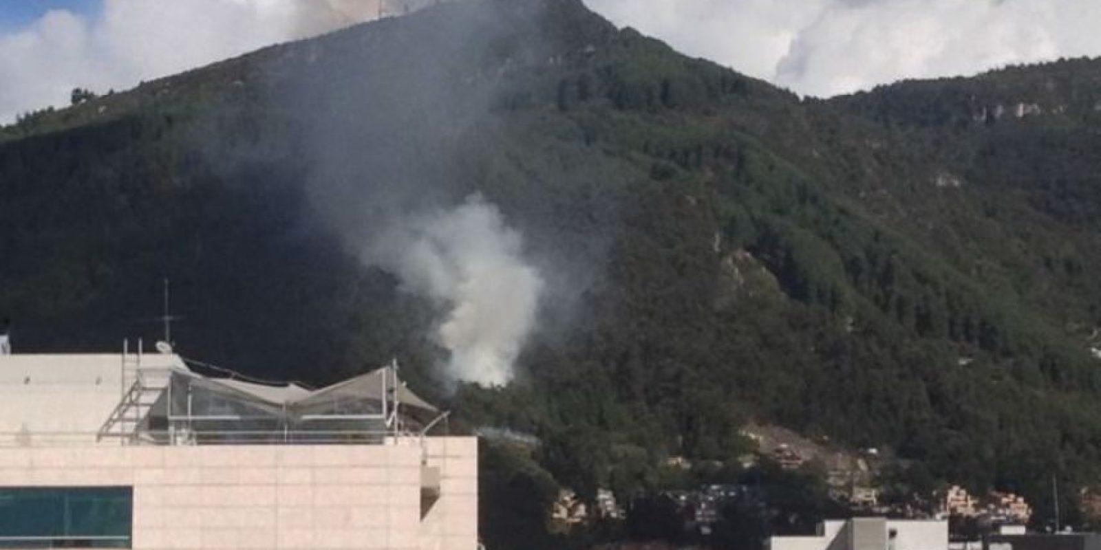 Incendio en La Calera. / @ MiguelSejnaui1