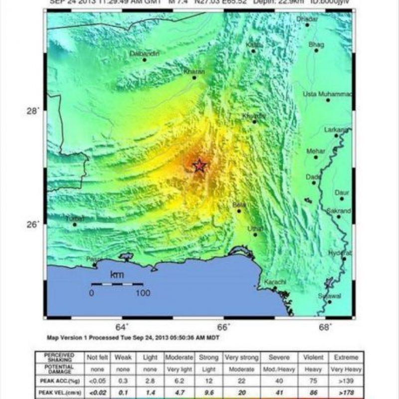 Fotografía facilitada por el Instituto Geológico de Estados Unidos (USGS) que muestra un mapa sísmico con un terremoto de magnitud 7,4 que azotó la provincia paquistaní de Balochistán hoy a las 11:29 GMT. EFE/Usgs