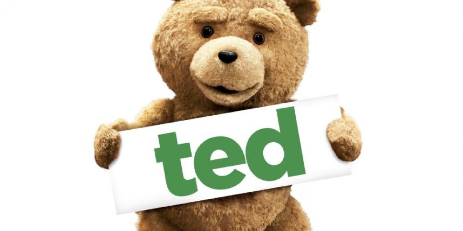 'Ted' Nadie creía en este oso de felpa que distaba de la ternura y se iba más por el lado rocambolesco y calavera de la vida, pero lo logró. 'Ted' se comió la taquilla recaudando aproxima-damente 218 millones de dólares, y demostró que los ositos amorosos están mandados a recoger.