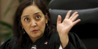 La juez Yvette M. Palazuelos durante el argumento de refutación en el caso de la familia Jackson contra la promotora de conciertos AEG en Los Ángeles, California (EE.UU.) el 26 de septiembre de 2013. EFE