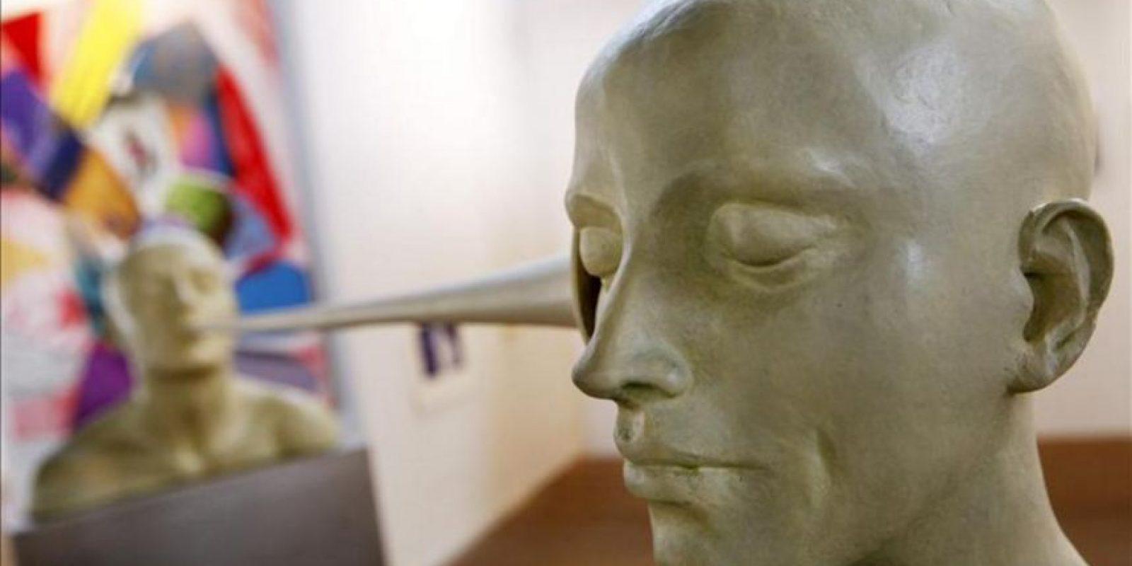 """Detalle de la obra """"Persuasión"""" de la artista Aurora Cañero, que está siendo exhibida en la quinta versión de la Feria Chilena de Arte Contemporáneo (Ch.ACO) en la Estación Cultural Mapocho, en Santiago de Chile (Chile). EFE"""