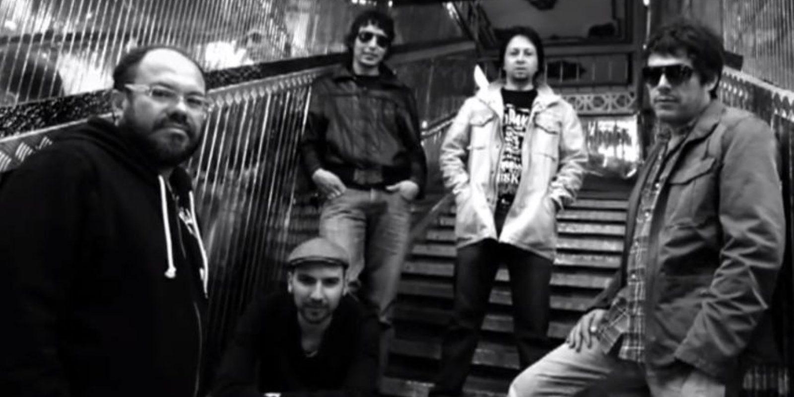 La Derecha: No en vano Mario Duarte es uno de los fundadores de Rock al Parque y, por supuesto, la banda encabezó el cartel de la primera edición del festival. Luego de dejarnos clásicos como 'Ay, qué dolor' y 'Sombras', y de un receso de 12 años, regresó en 2010 . 'Emociones' y 'El puñal' hacen parte de lo nuevo.Foto: Archivo