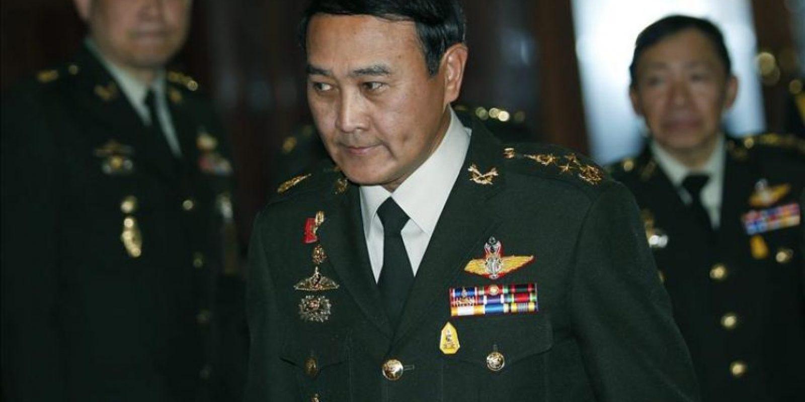 El recién nombrado jefe de la Armada Udomdej Sitabutr tras la ceremonia de toma de posesión en Bangkok, Tailandia, el martes 30 de septiembre de 2014. EFE